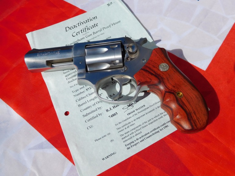 pistols_and_rifles_067