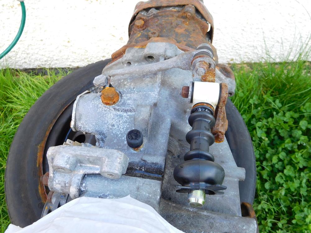 standard 944 gear linkage